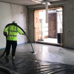 How to Pour or lay liquid screed